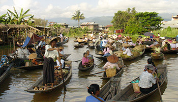 Ywa Ma Village (or) Floating Market